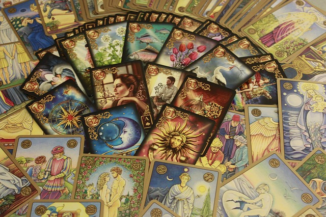 How to Become A Master Interpreting Tarot Cards With No Effort