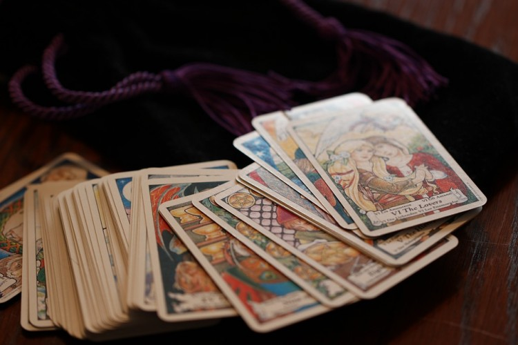 3 Beautiful Tarot Card Decks For Sale