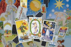 learn tarot book